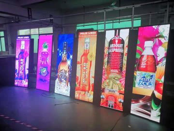 China 1500 Nits Poster Indoor LED Billboard Ultra Thin Light Weight Advertising Screen factory