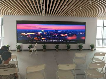 China HD Video Smd Indoor Full Color LED Display Advertising Signs For Football Stadium factory